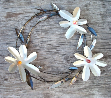 "aluminum flowers with beads wreath - 17""W"